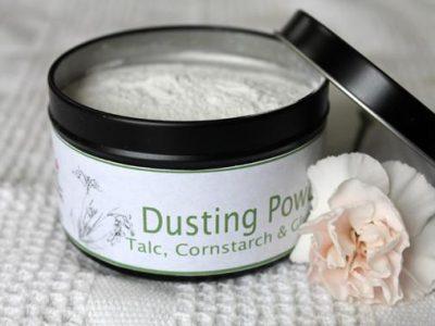 organic_dusting_powder_in_black_travel_tin_ed3f240e-894c-417d-90a3-67bc785fa985_grande