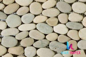 1_0010_Beige-Sandstone-Pebb